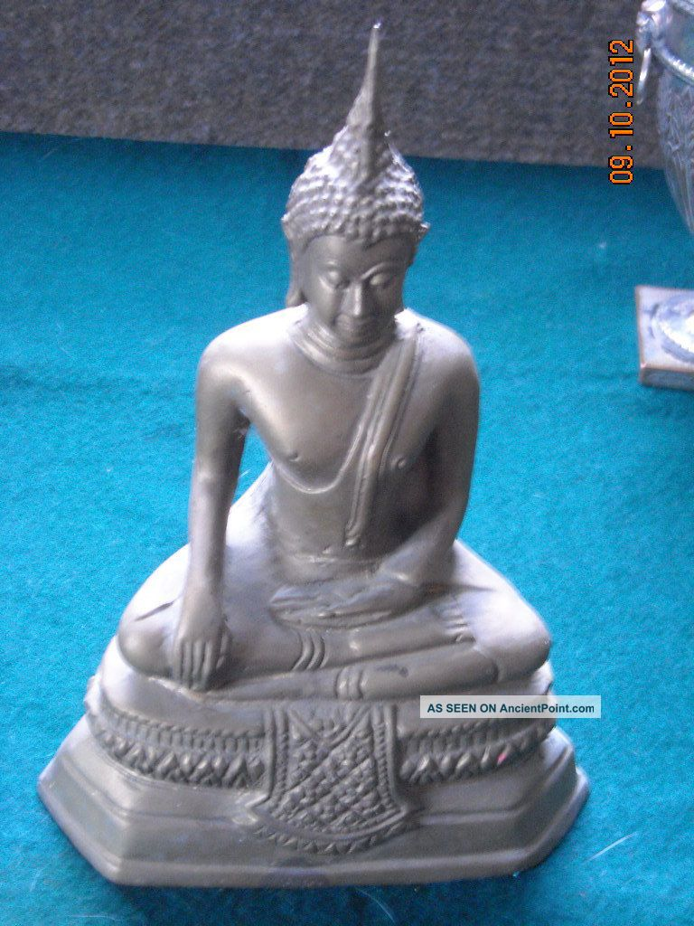 An Antique Bronze Statue Millers Antiques. Buddha photo