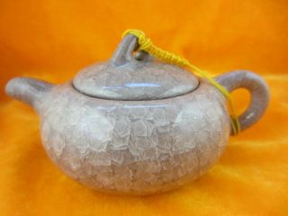 Chinese Antique Ice Crack Glaze Light Purple Porcelain Elegant Gongfu Teapot48 photo