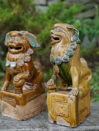 Set Of Small Ceramic Statues Of Temple Foo - Dogs photo