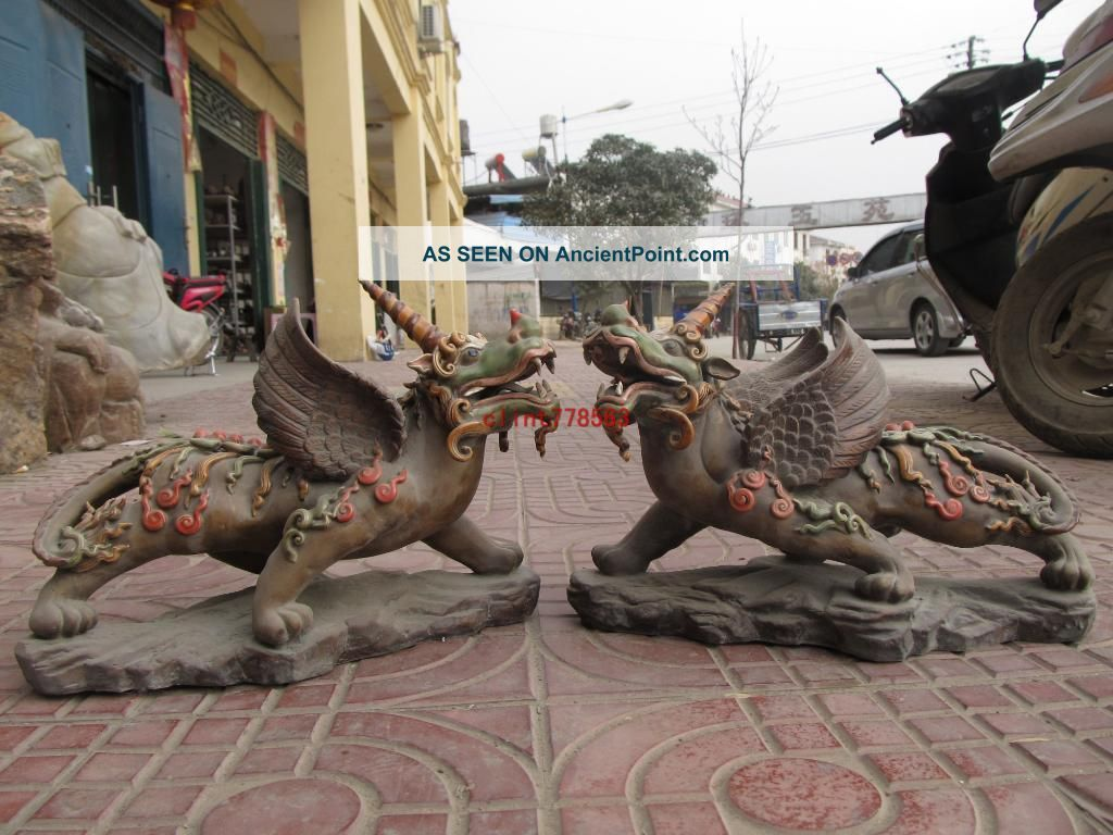 China Old Wucai Porcelain Evil Fu Foo Dog Fly Wing Beast Kylin Pair Reproductions photo
