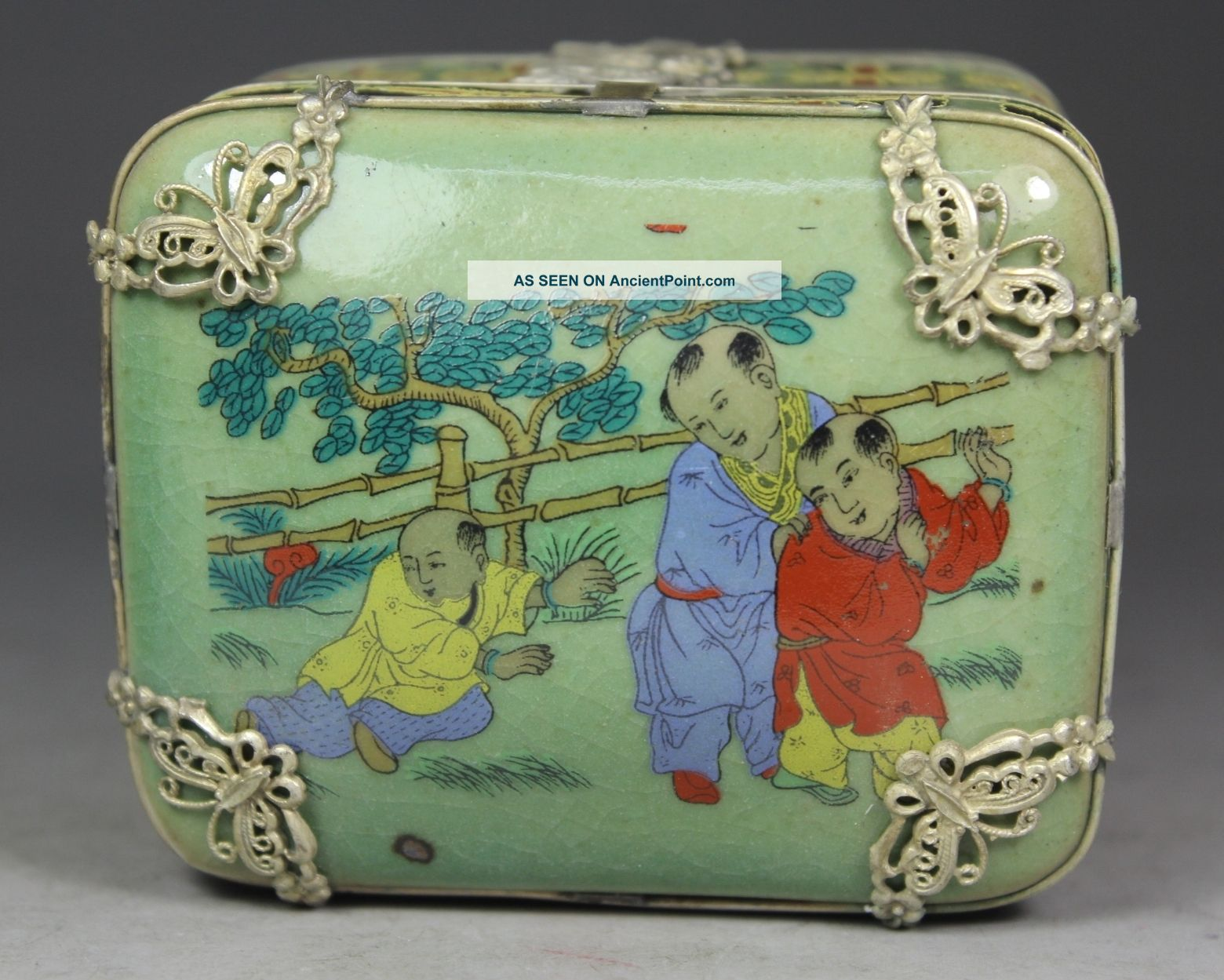 Chinese Old Porcelain Handwork Painting Favorite Armored Butterfly Jewel Box Boxes photo