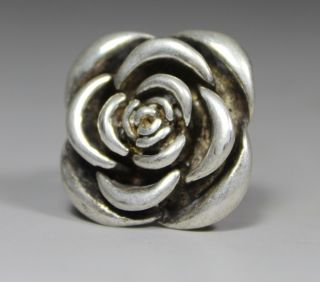 Chinese Old Silver Handwork Flower Ring photo