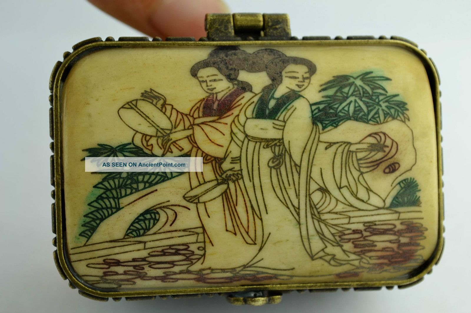 Free - Ship China Collectibles Old Handwork Painting Beauty Two Layer Jewel Box Boxes photo