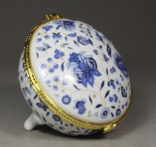 Chinese Porcelain Handwork Painting Flower Jewel Box photo