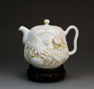 Chinese Highly Carved Lotus Crab Porcelain Teapot By Chen Guozhi 19th C. photo