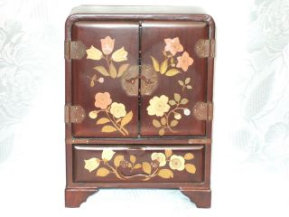 Antique Lacquered Jewelry Box ~ Asian Style photo