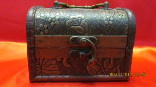 Elegant Chinese Big Jewelery Wood Box Classical Style On Sale photo