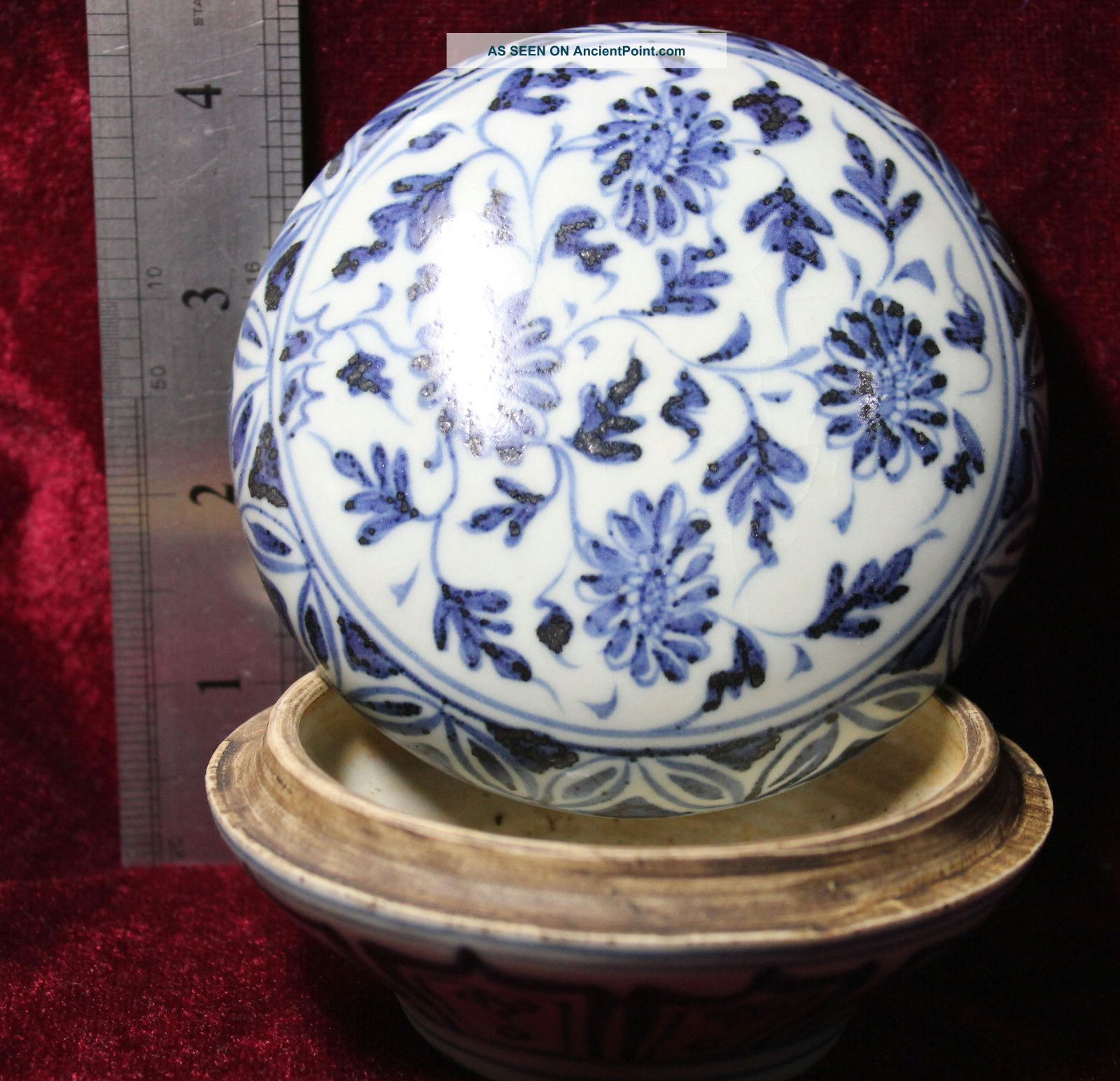 Chinese Handwork Painting Old Porcelain Boxes Boxes photo