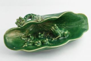 - China Collectibles Old Handwork Porcelain Frog At Lotus Statue photo