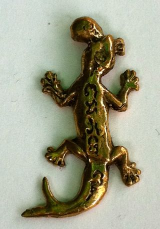 Holy Powerful Lizard Hunting Money Riches Luck Love Wealth Thai Amulet photo