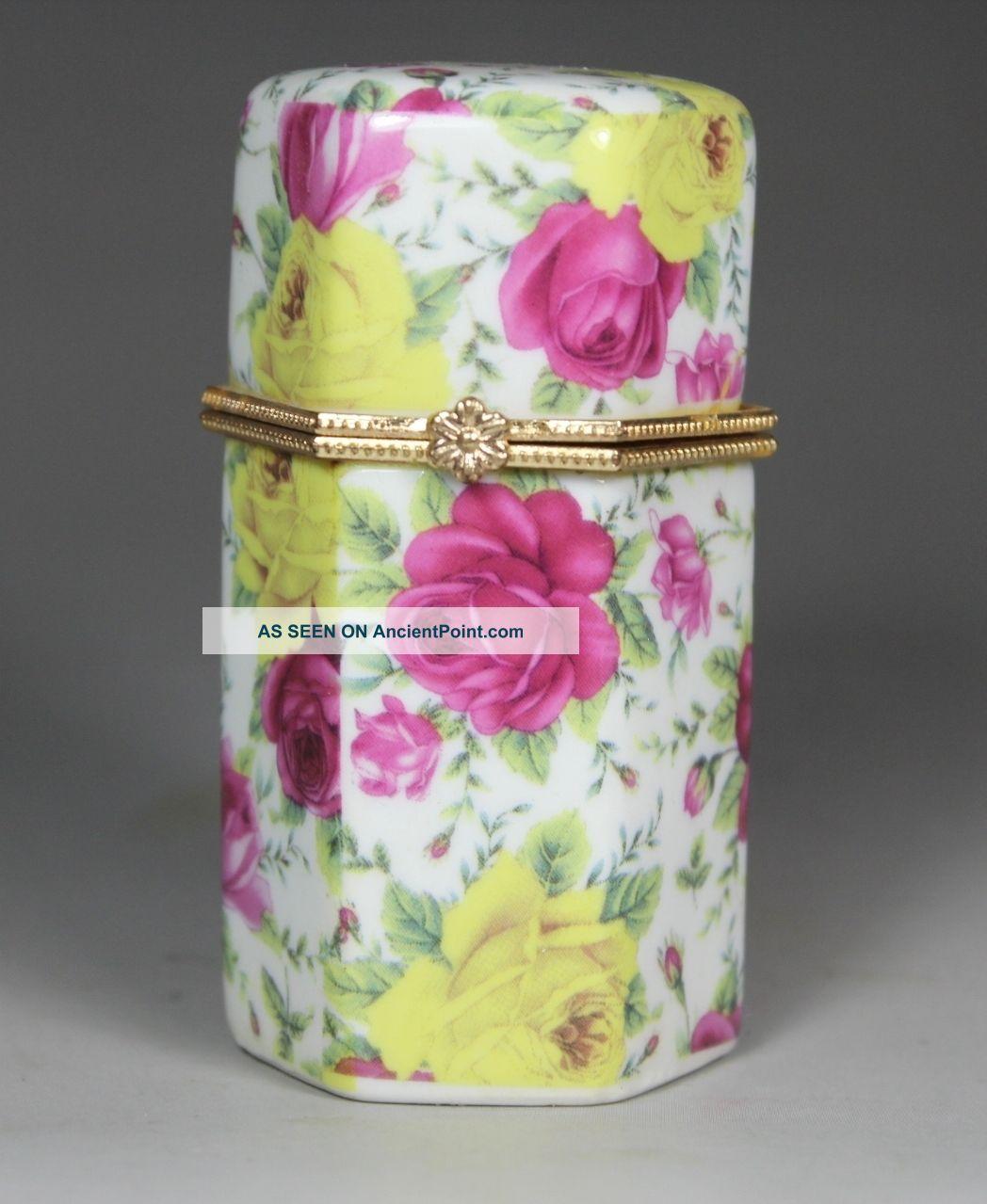 Asian Oriental Porcelain Wonderful Handwork Painting Flower Toothpick Box Boxes photo