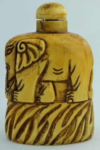 China Rare Collectibles Old Decorated Handwork Carving Elephant Snuff Bottle photo