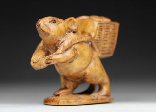 Oriental Old Boxwood Handwork Carving Mouse Netsuke photo