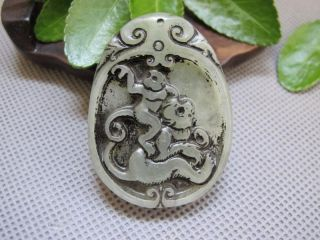 China Folk Classical Jade Stone Carving Lucky Two Monkeys Pendant 091 photo