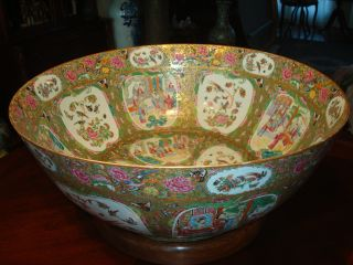 Antique Chinese Rose Medallion Mandarin Punch Bowl 23.  5