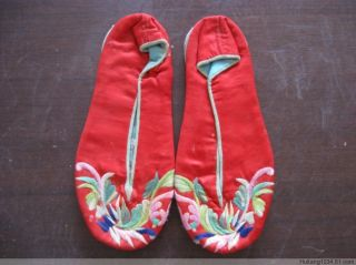 Antique Chinese Embroidery Shose photo