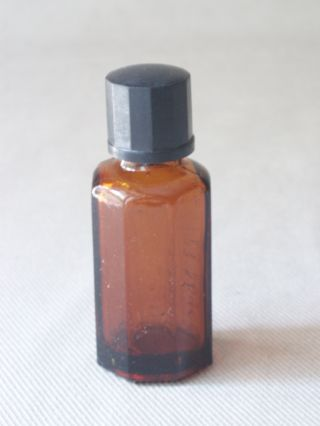 Vintage Scarce Medical Amber Glass Bottle Gebruik photo