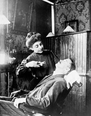 Vintage Rare 1909 Photo Woman Dr Dentist Office Tooth Extraction Dental Medical photo