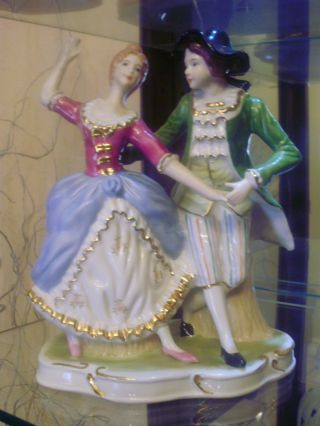 Enchanting Porcelain Couple By Cdc Rokoko 1720 - 80 photo