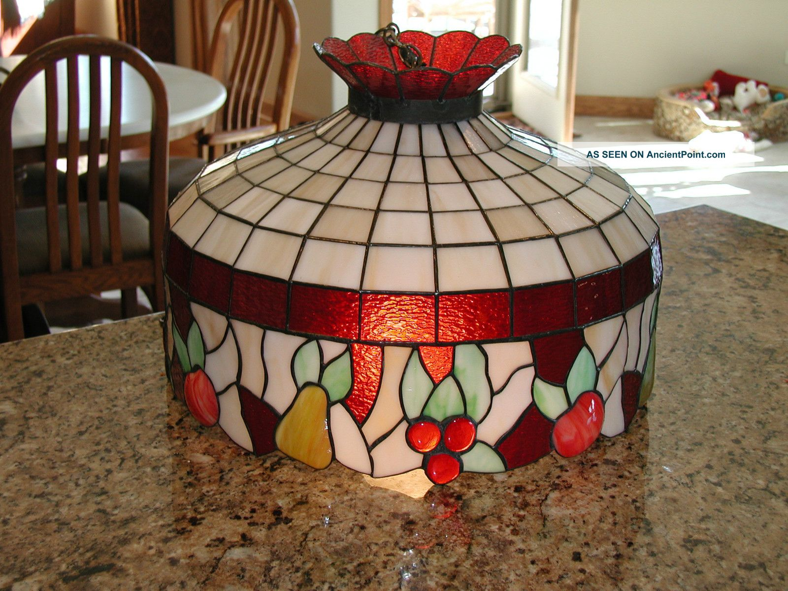 pics photos vintage hanging lamp light stained glass. Black Bedroom Furniture Sets. Home Design Ideas