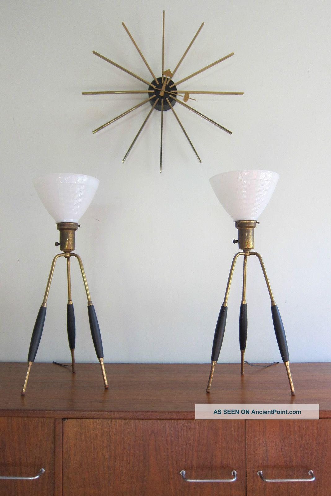 Mid Century Modern Brass Tripod Table Lamps Lightolier Thurston
