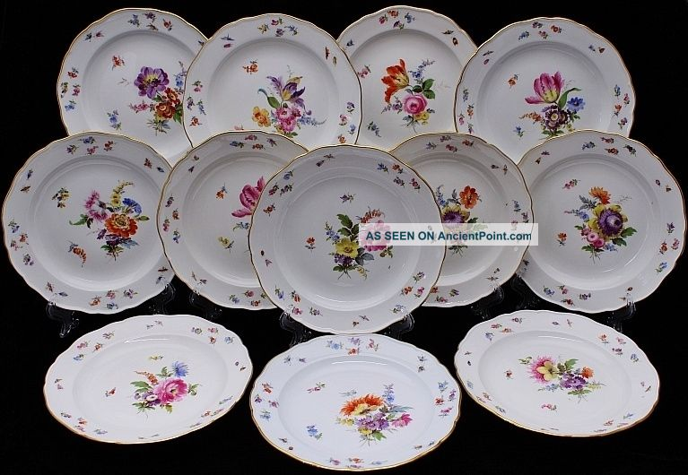12 Very Fine Meissen Floral Insect Butterfly Scenic Porcelain Dinner Plates N/rs & 12 Very Fine Meissen Floral Insect Butterfly Scenic Porcelain Dinner ...