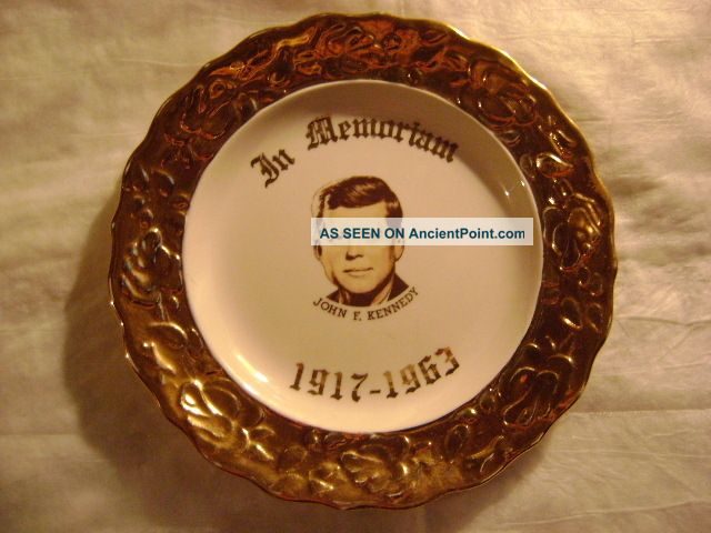 - John F.  Kennedy - In Memoriam - 1917 - 1963 - (ceramic Souvenir Plate) Plates & Chargers photo