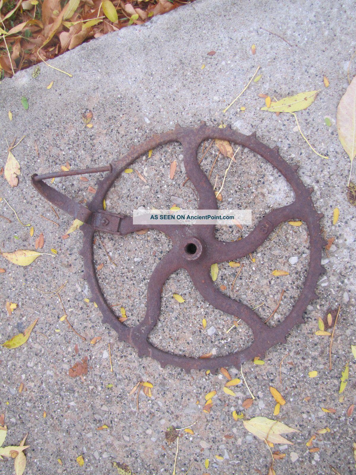 Primitive/antique Cast Iron Gear Steampunk Groovy Yard Art Decorative Metalware photo