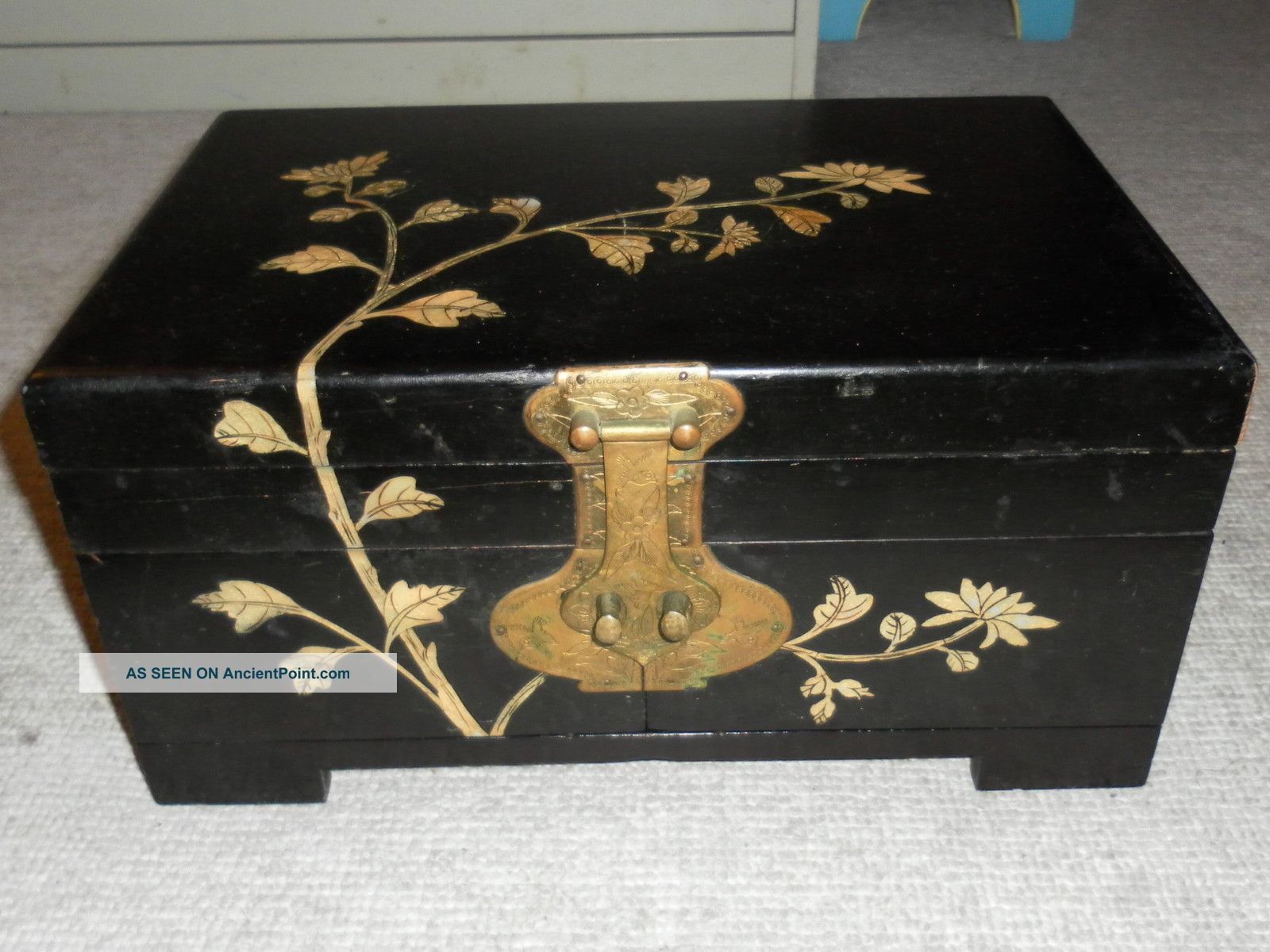 Vintage Asian Jewelry Box
