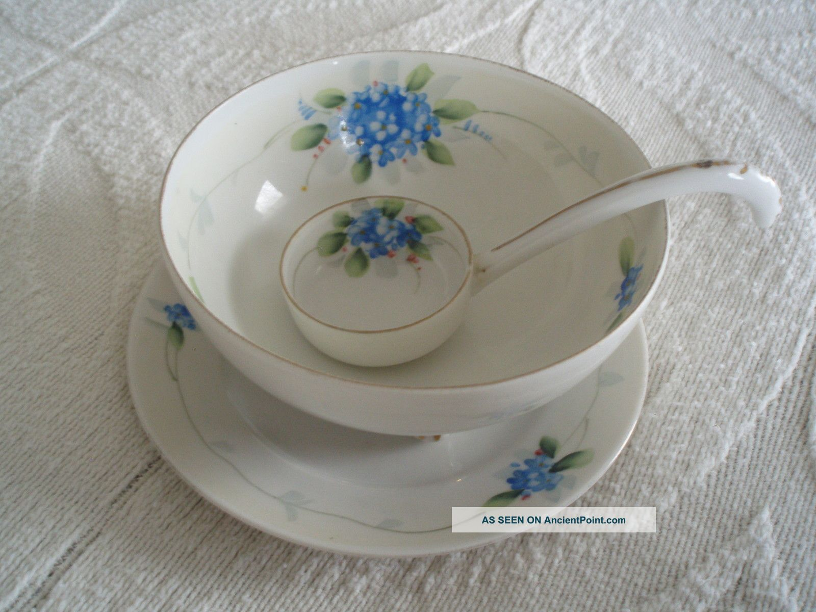 3 Pce Handpainted Nippon Footed Serving Bowl W.  Saucer & Ladle Bowls photo