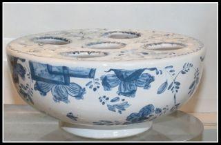 Unusual Mottahedeh Vista Alegra Porcelain Blue & White Pottery Flower Frog Nr photo