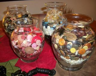 Lot 13 Pounds Vintage And Antique Buttons Bakelite,  Wood,  Glass,  Cards,  Styles photo