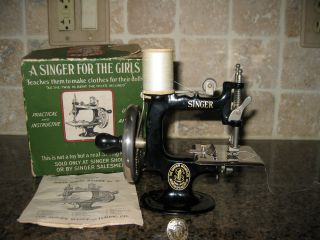 1920 ' S - Singer Sewing Machine Salesman Sample With Box photo