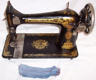 Serviced Antique 1915 Singer 127 Sphinx Treadle Sewing Machine Works See Video photo