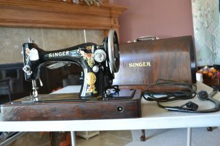 Antique 1924 Singer Sewing Machine,  Portable,  Knee Switch,  Serial Aa149356 photo