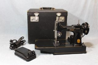 Vintage 1949 Classic Singer Featherweight 221 Sewing Machine,  Case & Attachments photo