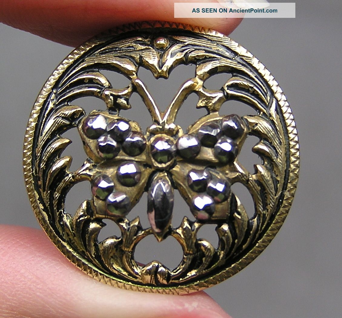 Brass Openwork Picture Button Butterfly W/ Cut Steels Metal Buttons photo