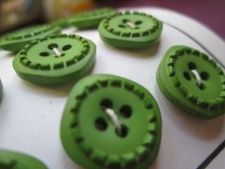 Antique/vintage Buttons From