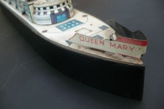 Queen Mary Cruise Liner Model - Wood And Tin - Plate photo