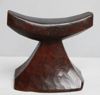 An Elemental Ethiopian Headrest With Distinctly Handmade Form photo