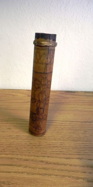 Fantastic Decorated Bamboo Blow Pipe Darts Case From Borneo In Good Condition photo