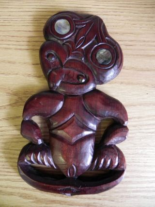 Large Vintage Carved Wooden Maori New Zealand Tiki With Mother Of Pearl Eyes Vgc photo