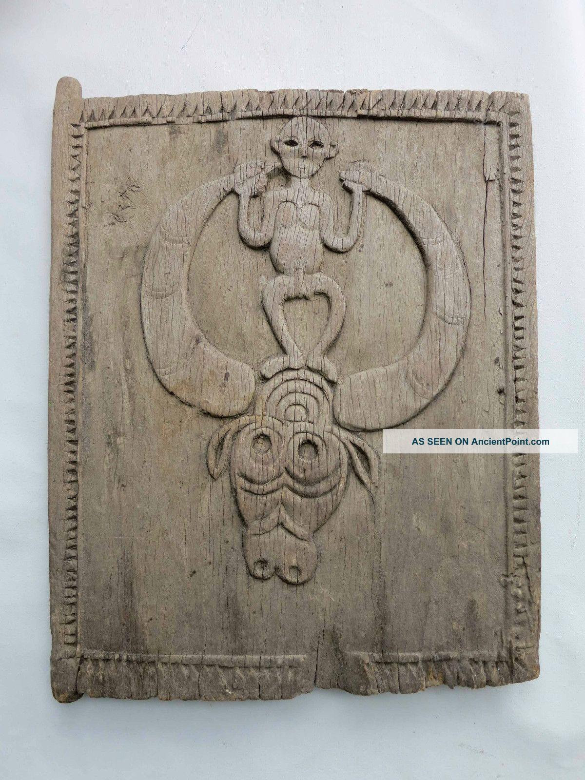 Antique Toraja Door Sulawesi Early To Mid 20th Century (batak Dayak Nias) Pacific Islands & Oceania photo