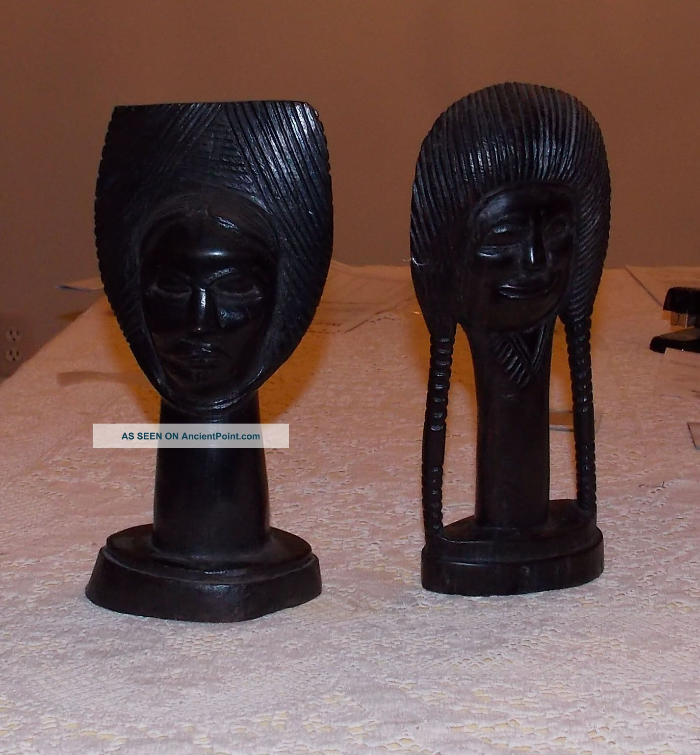 Two (2) African Blackwood Carved Heads From Tanzania (pre - 1965) Sculptures & Statues photo