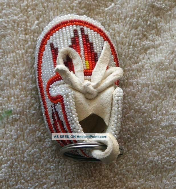 Shoshone Full Beaded Small Hide Moccasin Key Chain - Bottoms Beaded Native American photo