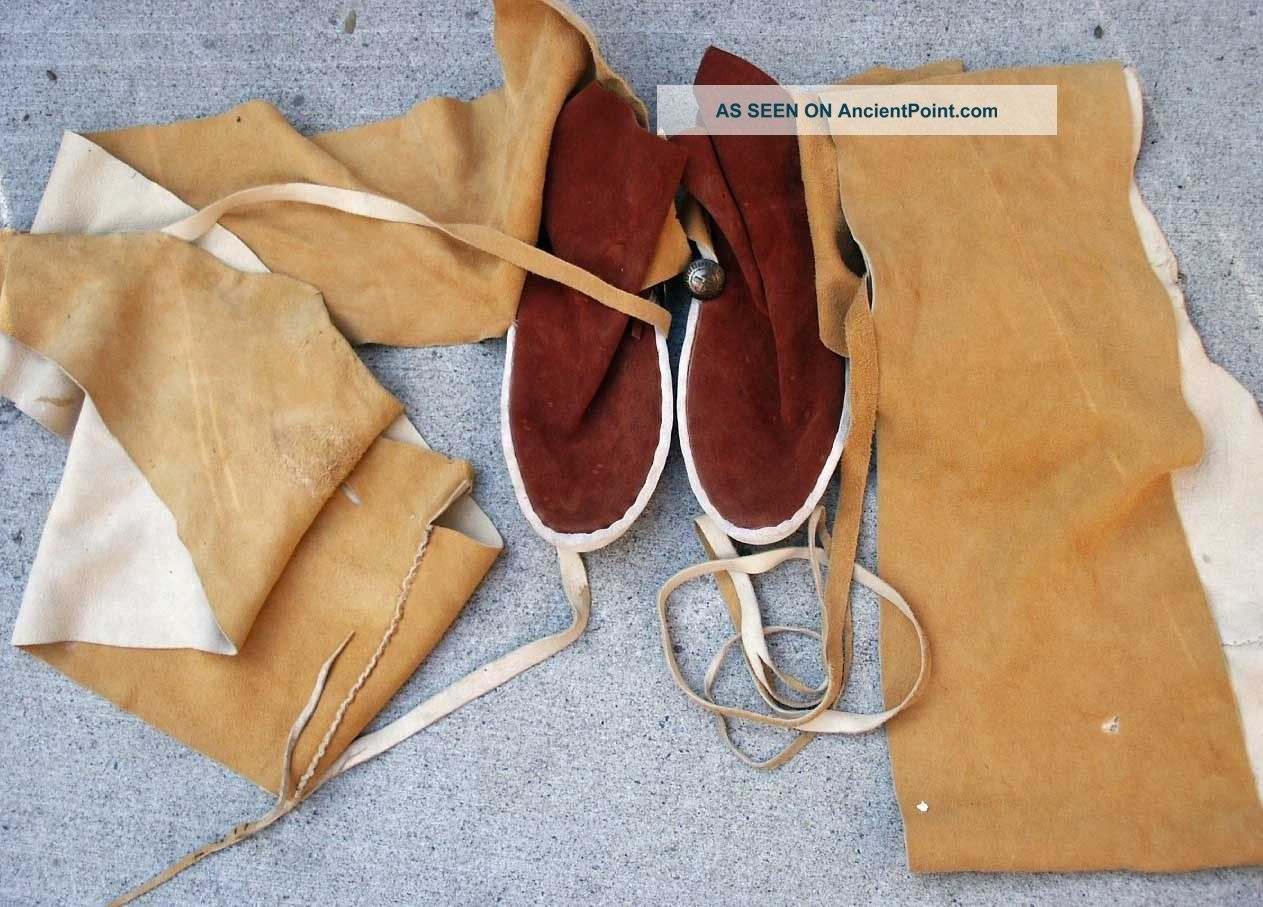 Contemporary Sw Indian Navajo Hide High Leg Moccasins - Native American photo