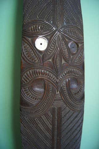 Exceptional Antique 19th C Maori Carved Wooden Paddle Hoe Club W/ Tikis 1.  69m photo
