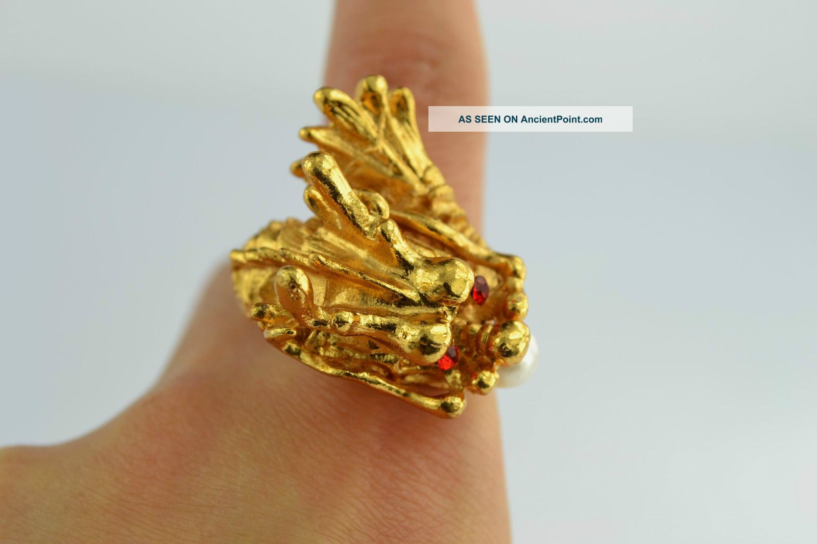 China Rare Collectibles Old Decorated Wonderful Handwork Pearl Dragon Ring +++++ Native American photo