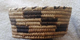Sw Papago Indian Brown Step Design Basket - photo