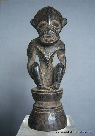 Old Wooden Charm Figure,  Ngaju Dayak Tribe,  Central Kalimantan Indonesia,  Borneo photo